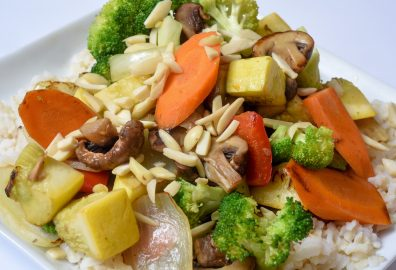 Simple Stir Fry with Nuts